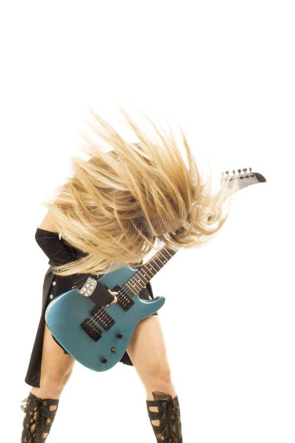 Vrouw met een gitaar stock afbeeldingen