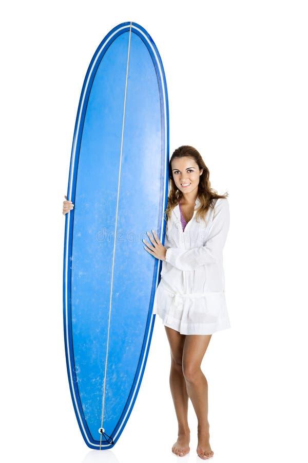 Vrouw met een surfplank royalty-vrije stock fotografie