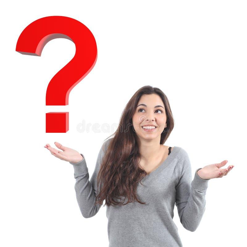 Vrouw met een twijfel die op een 3d vraag letten royalty-vrije illustratie