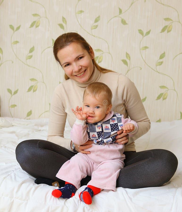 Vrouw met haar kind royalty-vrije stock foto's