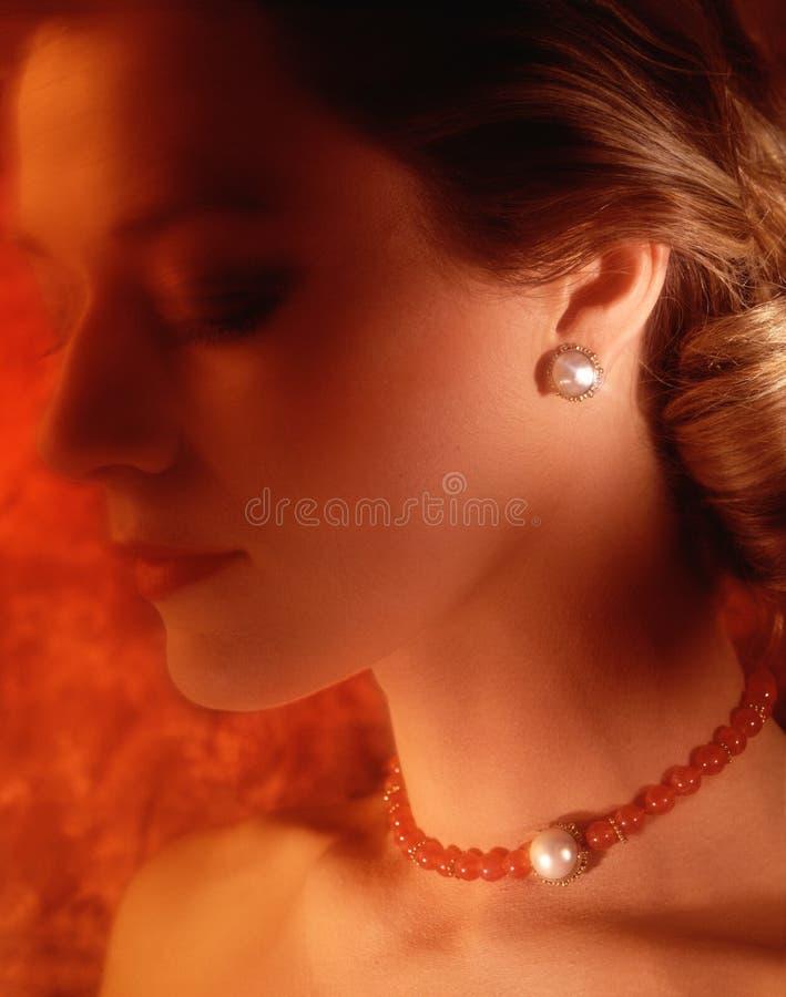 Vrouw met halsband royalty-vrije stock fotografie