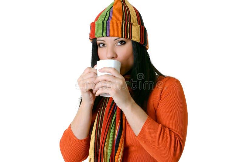 Vrouw met hete drank royalty-vrije stock fotografie