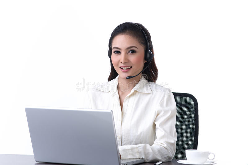 Vrouw met hoofdtelefoon royalty-vrije stock afbeeldingen