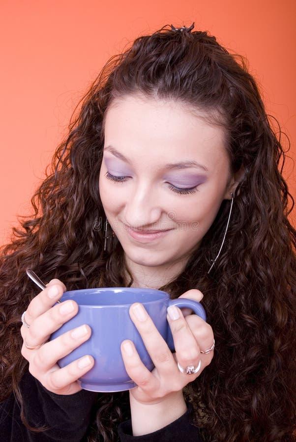 Vrouw met kop stock afbeelding