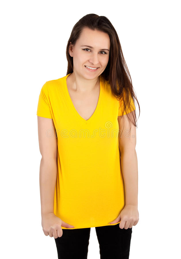 Vrouw met lege gele t-shirt stock afbeelding