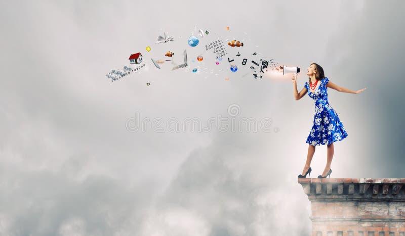 Vrouw met megafoon stock foto's