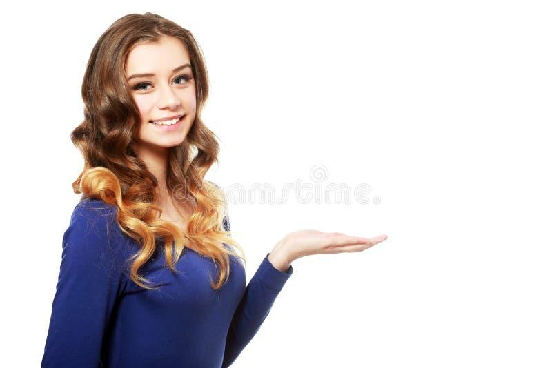 Vrouw met open handpalm stock foto's