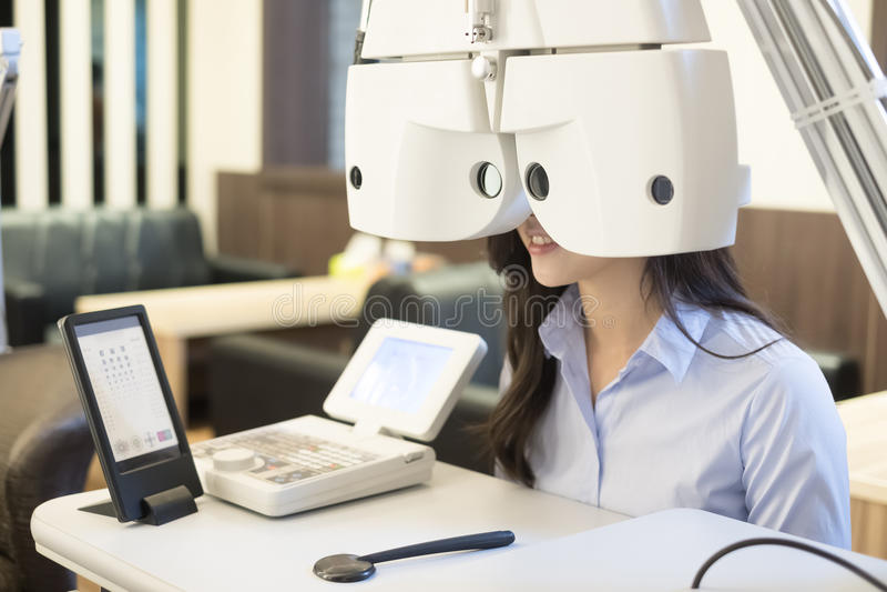 Vrouw met optometrie royalty-vrije stock foto's