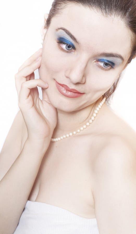 Vrouw met perls stock fotografie