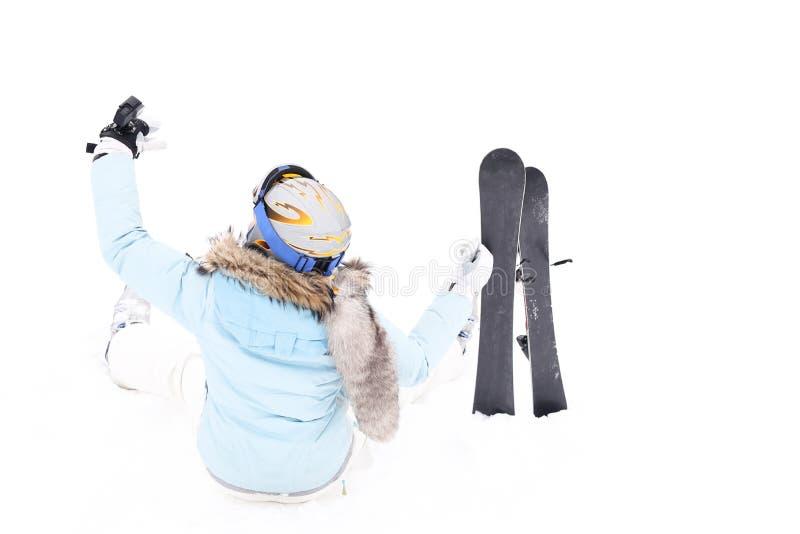 Vrouw met skibladen op berg stock foto's