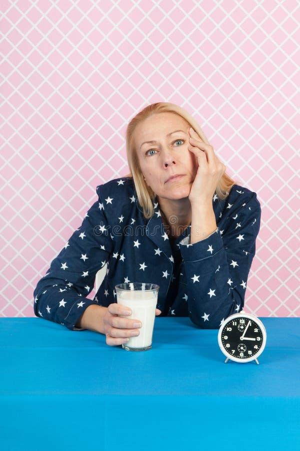 Vrouw met slapeloosheid stock foto