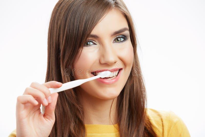 Vrouw met toothy borstel stock afbeelding