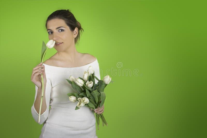 Vrouw met Tulpen stock fotografie