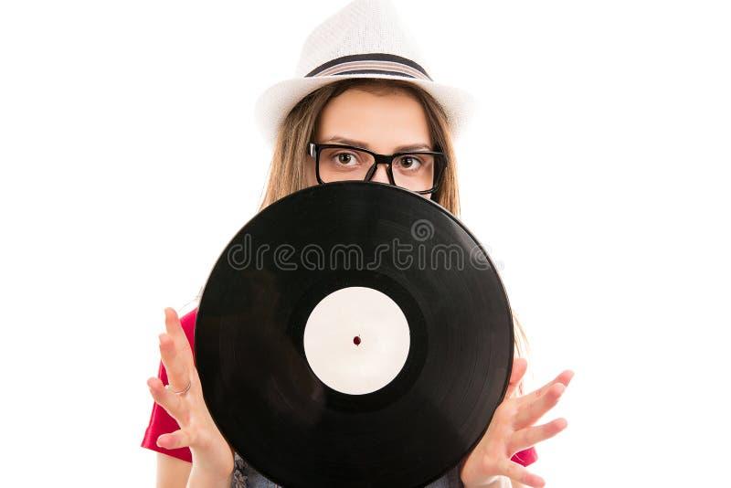 Vrouw met vinylschijf in handen royalty-vrije stock afbeeldingen