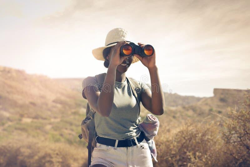 Vrouw op een reis stock afbeelding