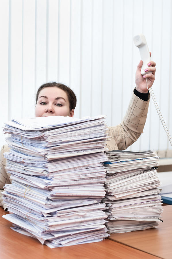 Vrouw op het werk stock fotografie