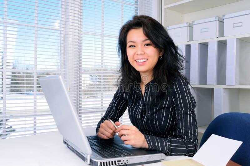 Vrouw op het Werk royalty-vrije stock foto's