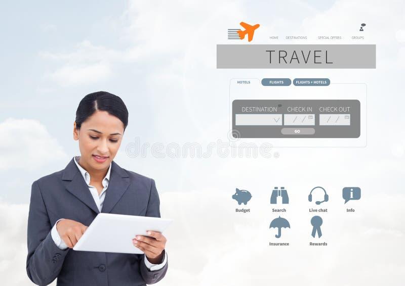 Vrouw op tablet en de onderbrekingsapp van de Vakantiereis Interface royalty-vrije stock foto's