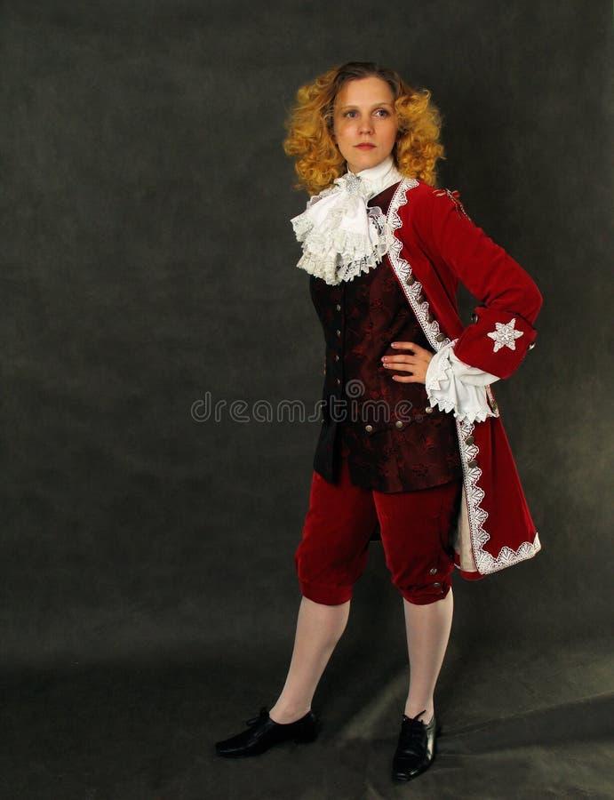 Vrouw in ouderwetse Franse kleren royalty-vrije stock afbeelding