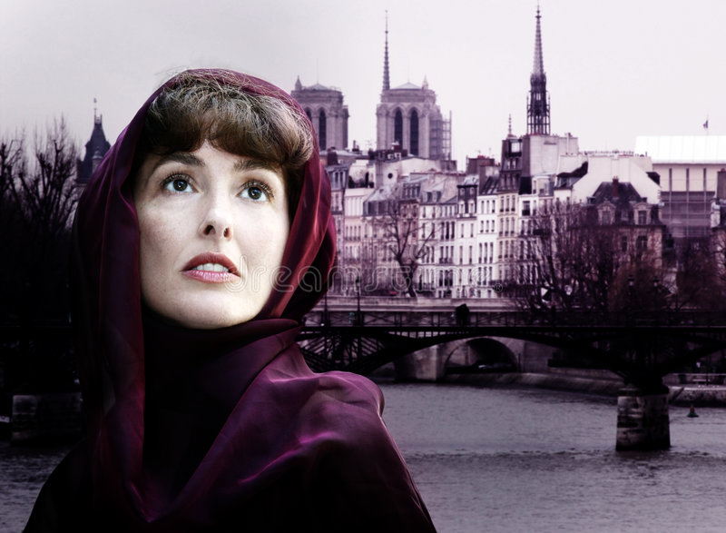 Vrouw in Parijs stock foto's