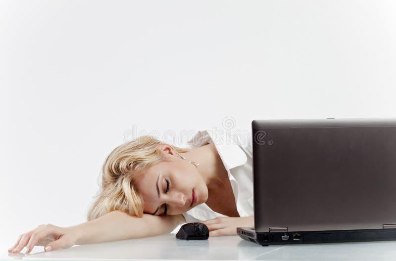 Vrouw in slaap op het werk royalty-vrije stock foto's