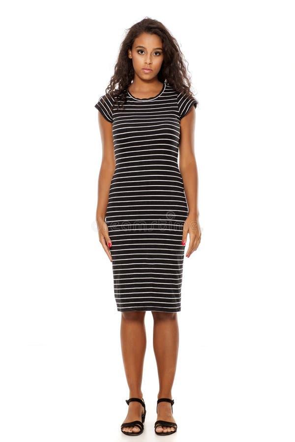 Vrouw in toevallige kleding stock afbeelding