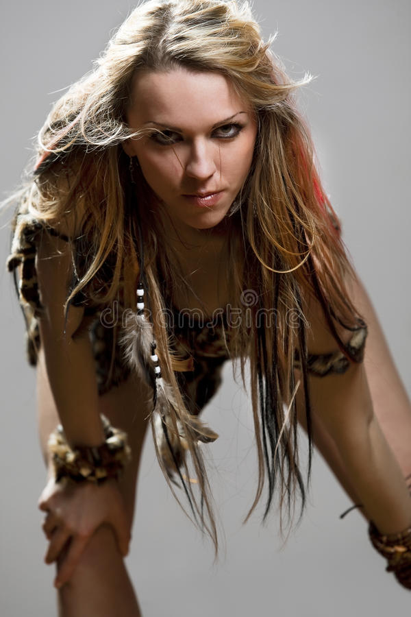 Vrouw uit de Amazone stock afbeeldingen