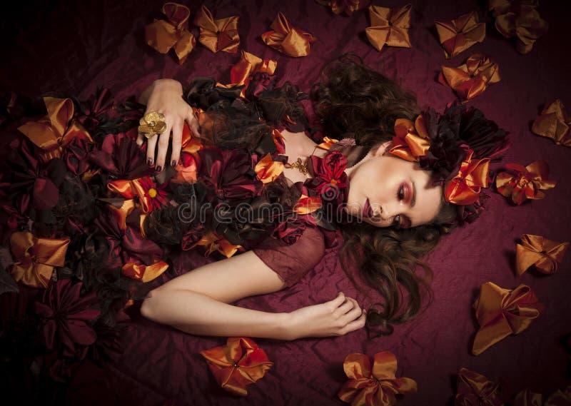 Vrouw van de de herfst de bloemenfantasie stock foto's