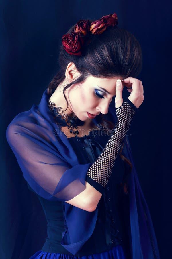 Vrouw van de vampier victorian stijl royalty-vrije stock foto's