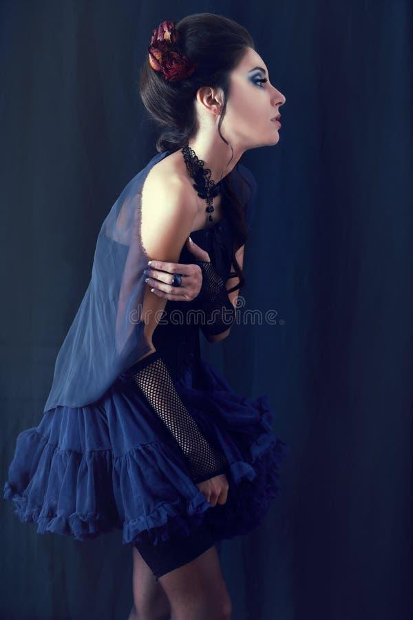 Vrouw van de vampier victorian stijl stock foto's