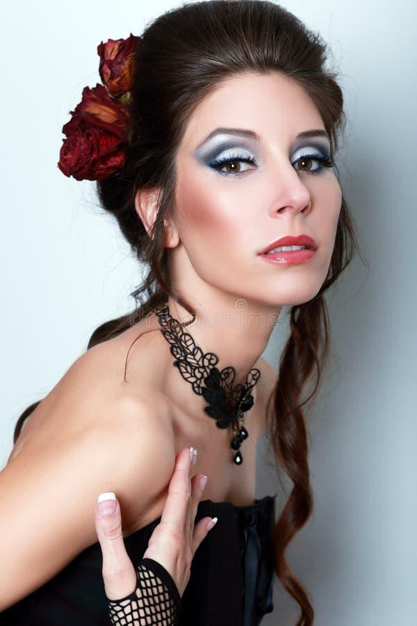 Vrouw van de vampier victorian stijl stock afbeeldingen