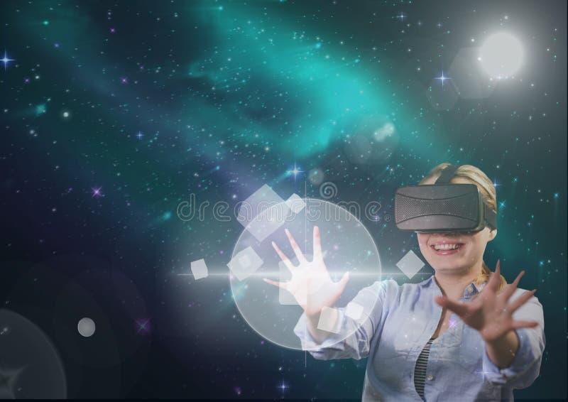 Vrouw in VR-hoofdtelefoon wat betreft interface tegen groene en purpere ruimteachtergrond met gloed royalty-vrije stock fotografie