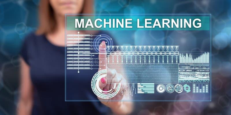 Vrouw wat betreft een machine het leren concept stock foto