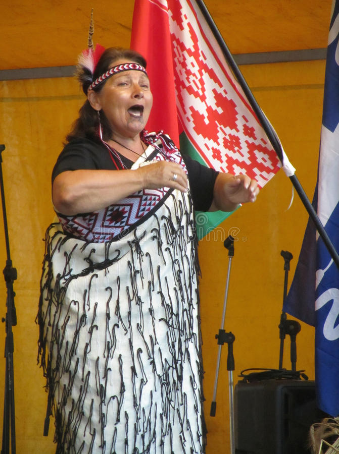 Vrouwelijk Maori Performer royalty-vrije stock foto's