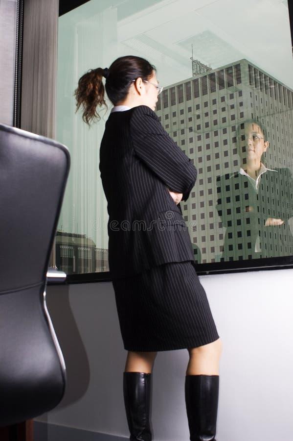 Vrouwelijke Aziatische directeur stock afbeelding