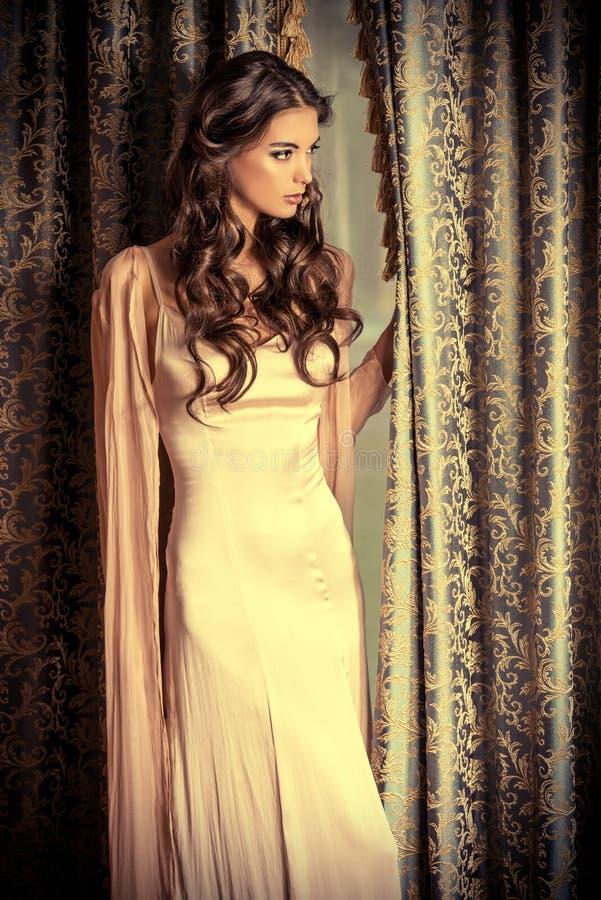 Vrouwelijke elegantie royalty-vrije stock foto's