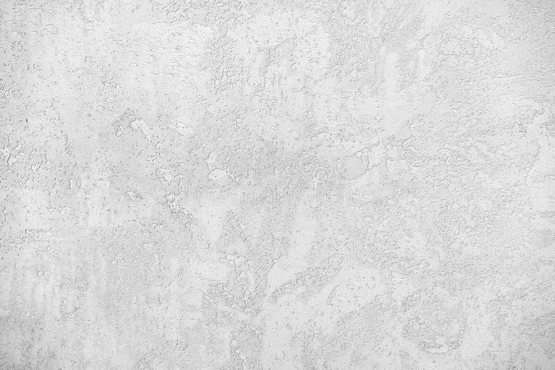 Vrouwelijke en mannelijke caucasiaanse handen geïsoleerde witte achtergrond met gebaarhart, liefde vrouwen en mannen die verschil royalty-vrije stock foto's