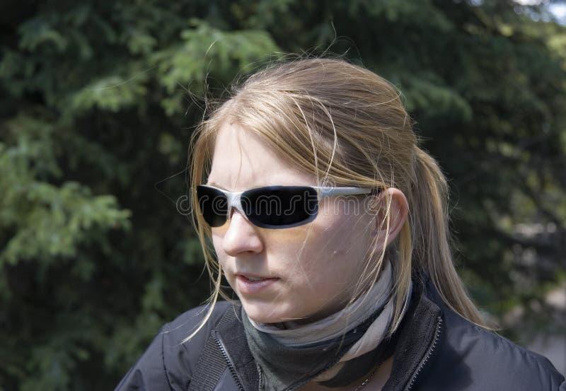 Vrouwelijke geheimagent stock foto