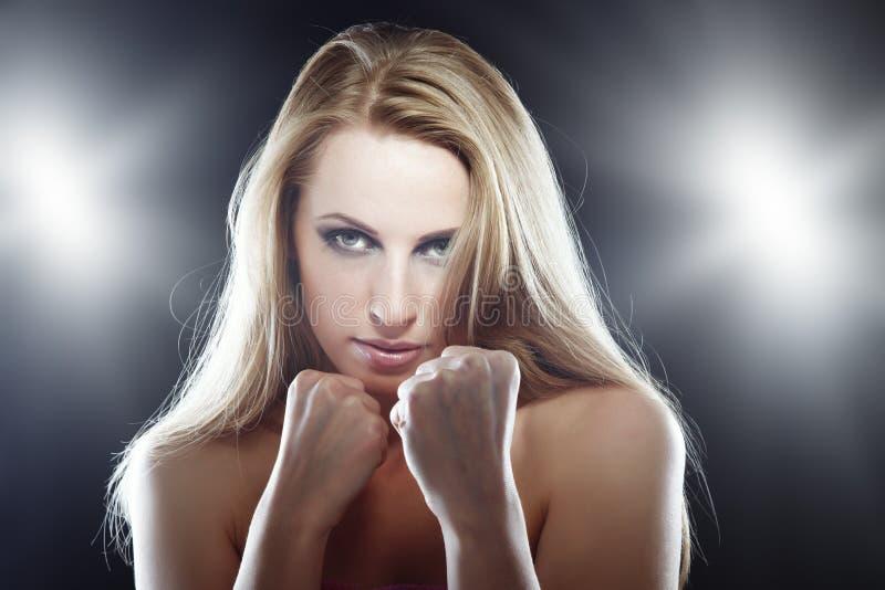 Vrouwelijke vechter stock afbeeldingen