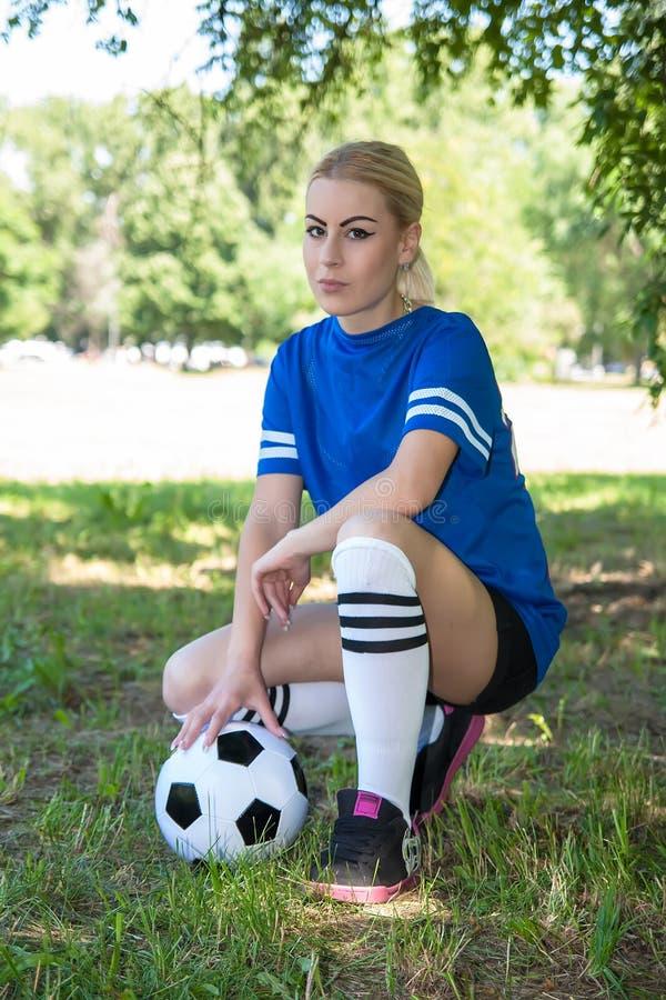 Vrouwelijke Voetballer royalty-vrije stock afbeelding