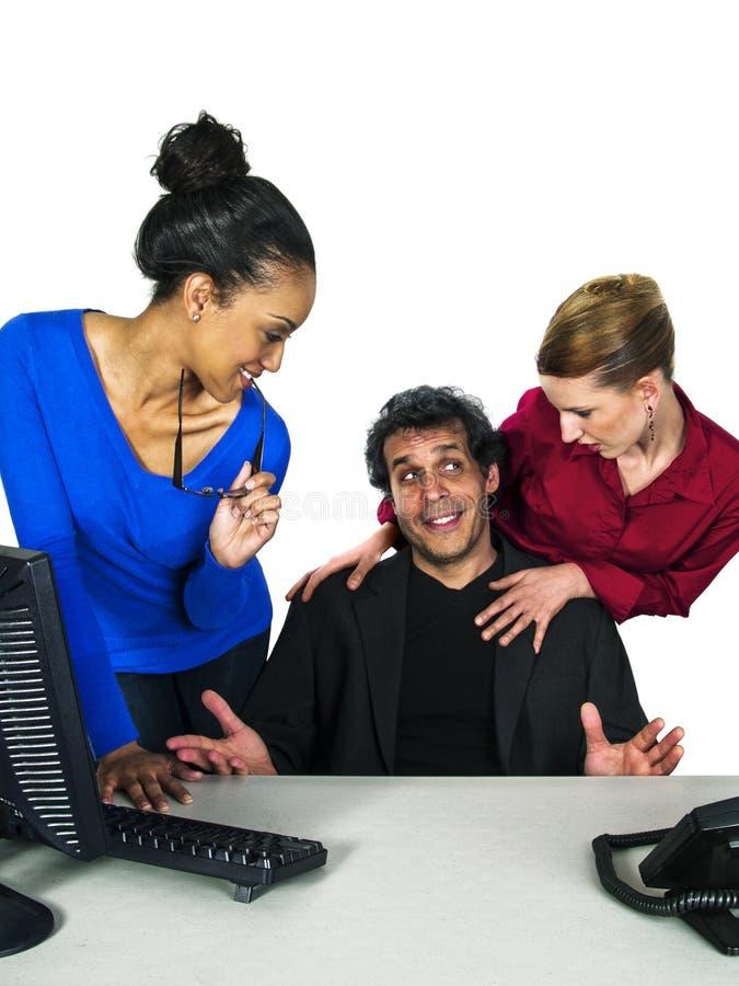 Flirten met vrouwelijke collega