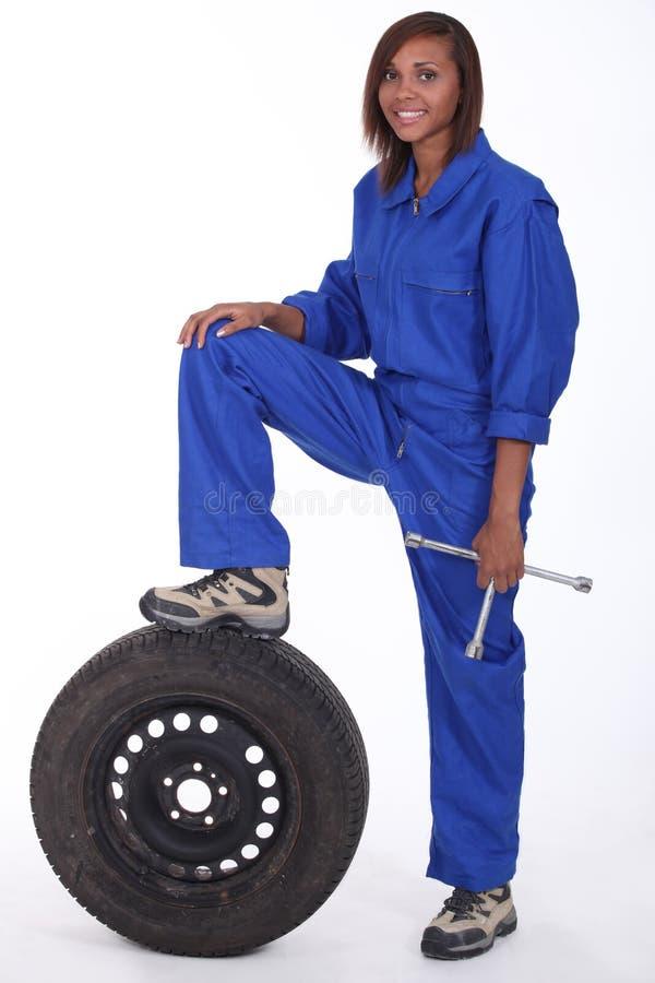 Vrouwelijke werktuigkundige stock afbeelding