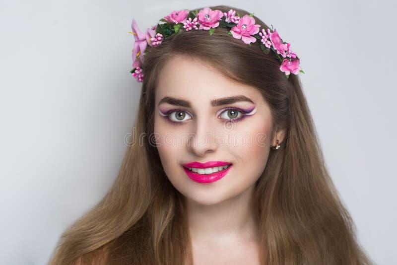 Vrouwen roze kroon stock fotografie