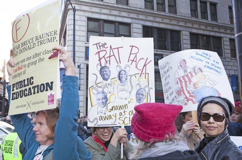 Vrouwen ` s Maart op Chicago 2017 stock afbeelding