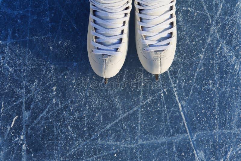 Vrouwen` s vleten op het ijs royalty-vrije stock foto
