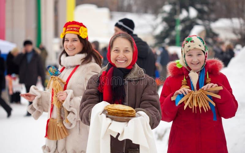 Vrouwen tijdens Shrovetide royalty-vrije stock afbeeldingen