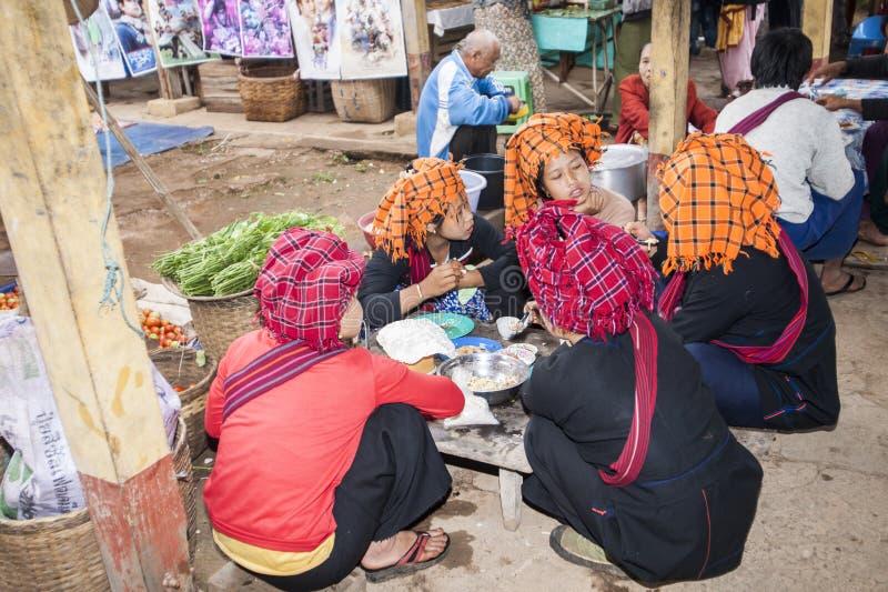 Vrouwen van Pao Stam, Myanmar royalty-vrije stock afbeelding