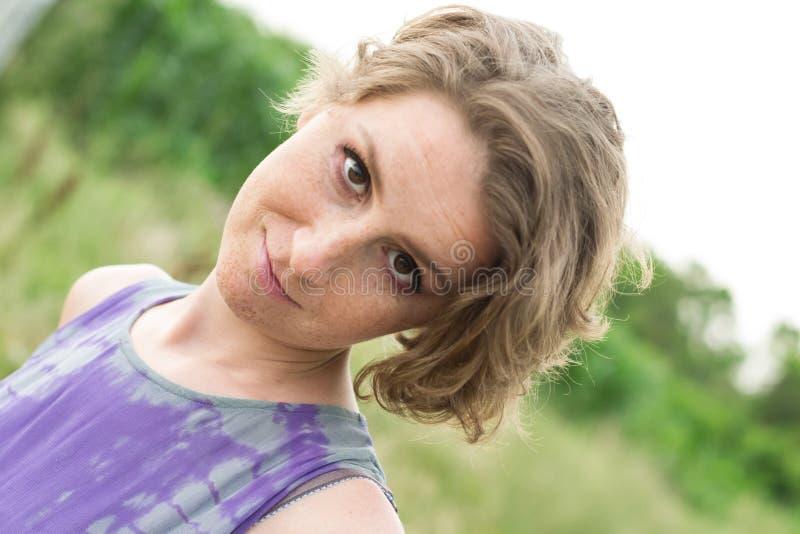 Vrouwenportret stock afbeeldingen