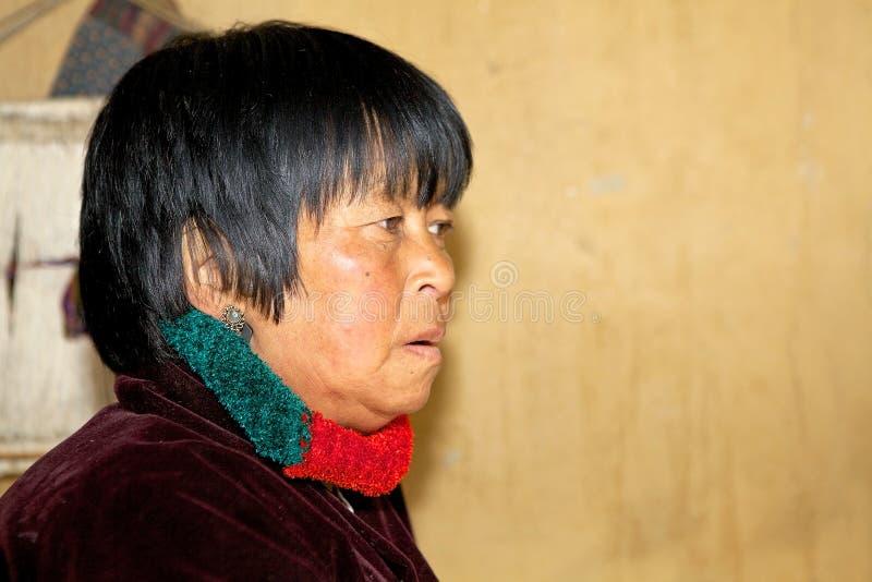 Vrouwenportret uit Bhutan, Thimphu, Bhutan stock foto's