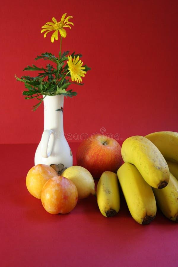 Download Vruchten stock foto. Afbeelding bestaande uit appelen, sappig - 284092